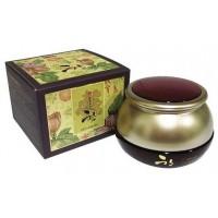 Крем для век с восточными травами 3W Clinic Oriental Medicine Eye Cream