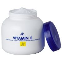 Увлажняющий крем для тела с витамином Е Aron Moisturising Cream Vitamin E