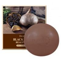 Мыло с экстрактом черного чеснока Deoproce Black Garlic Reaging Soap